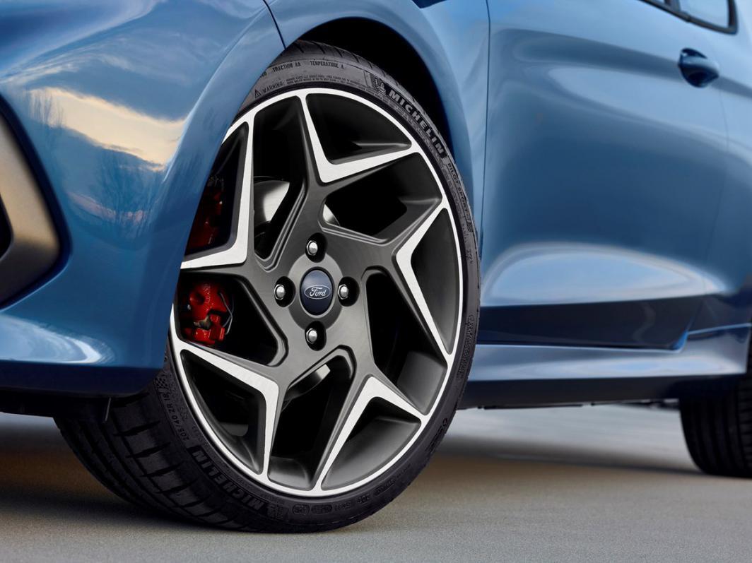 2018 Fiesta ST revealed-wheels.jpg